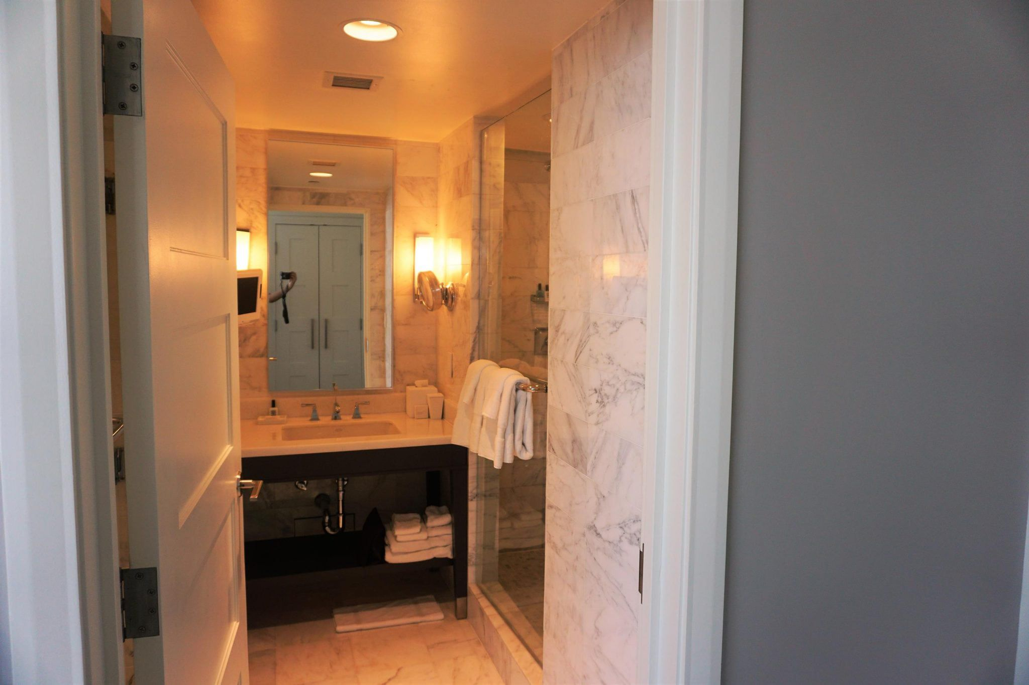 Bathmroom at Fontainebleau