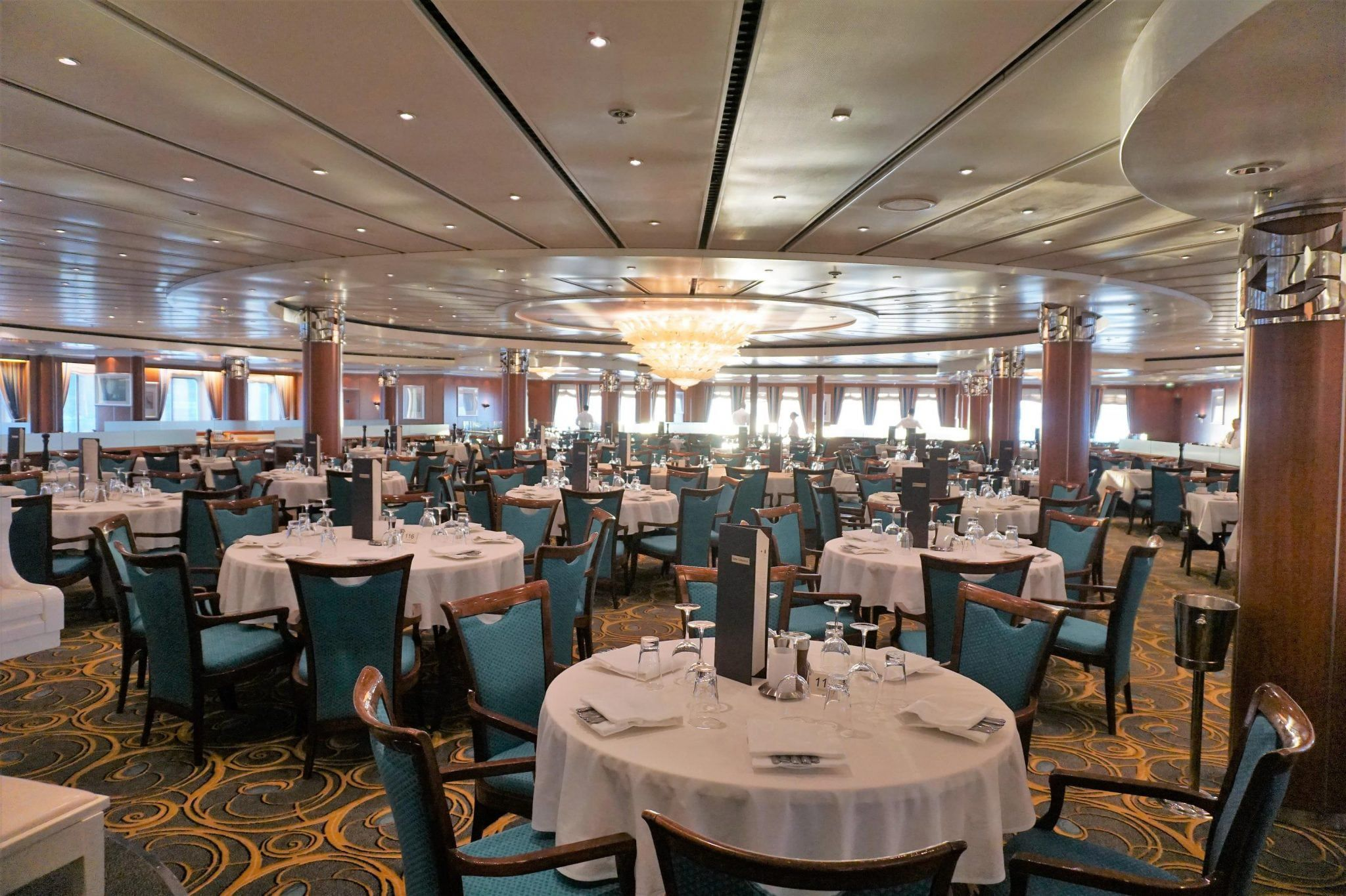 Why You Should Use a Travel Agent to Book a Cruise
