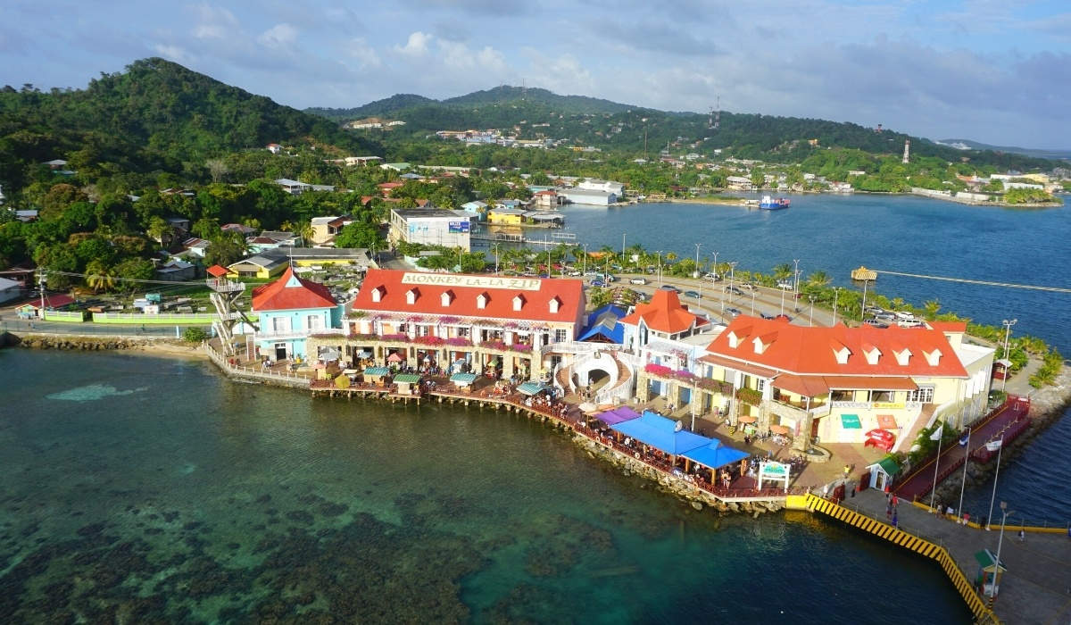 Best Things to Do in Roatan, Honduras on a Cruise (2021)