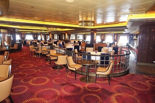 Inside Cagney's Steakhouse on Norwegian Epic