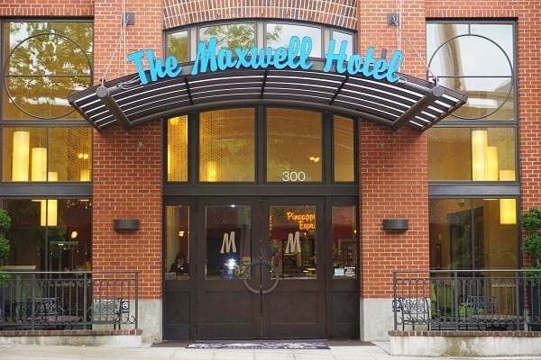 Entrance to Maxwell Hotel in Seattle