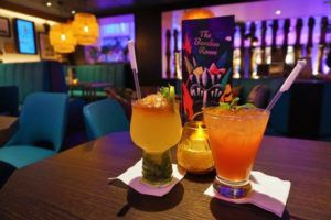 Drinks at Bamboo Room on Mariner of the Seas