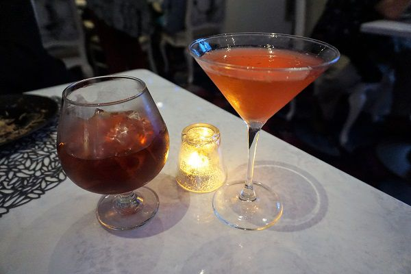 Drinks at Wonderland on Symphony of the Seas