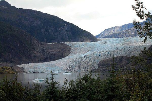 Mendenhall Glacier Visitor's Center