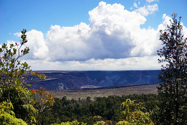 Kilauea Iki Crater look out
