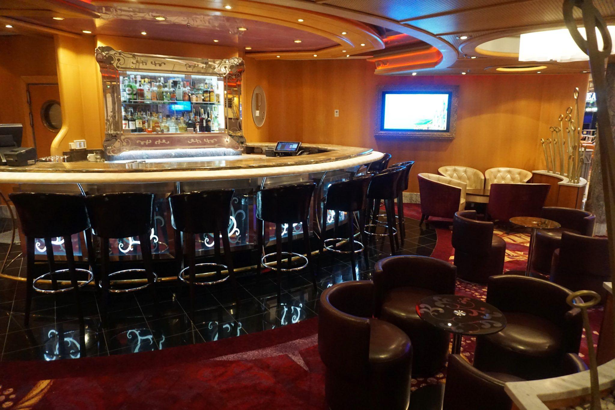 R Bar on Freedom of the Seas