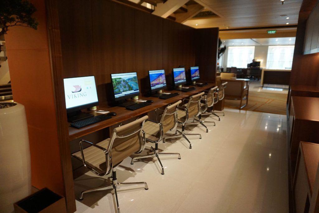cruise ship internet