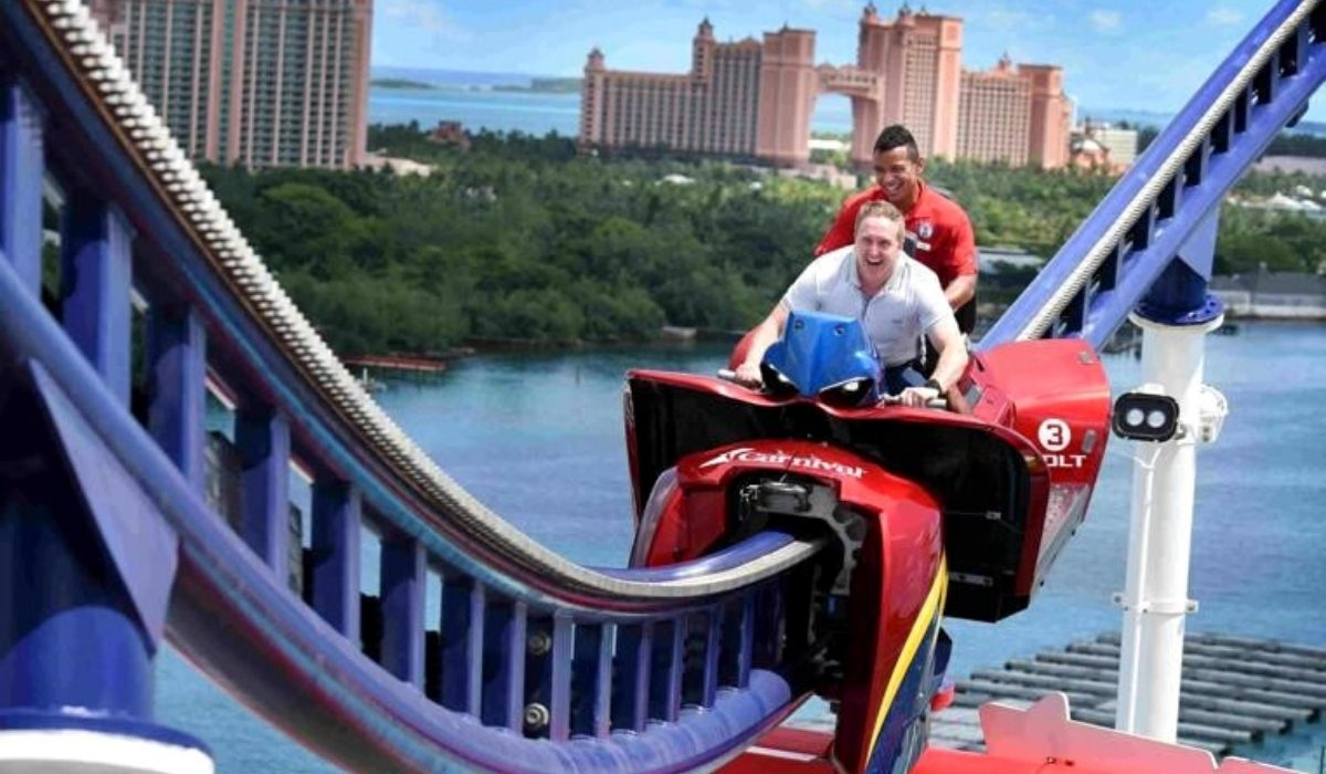 Carnival Cruise Director Mike Pack is Back on Mardi Gras