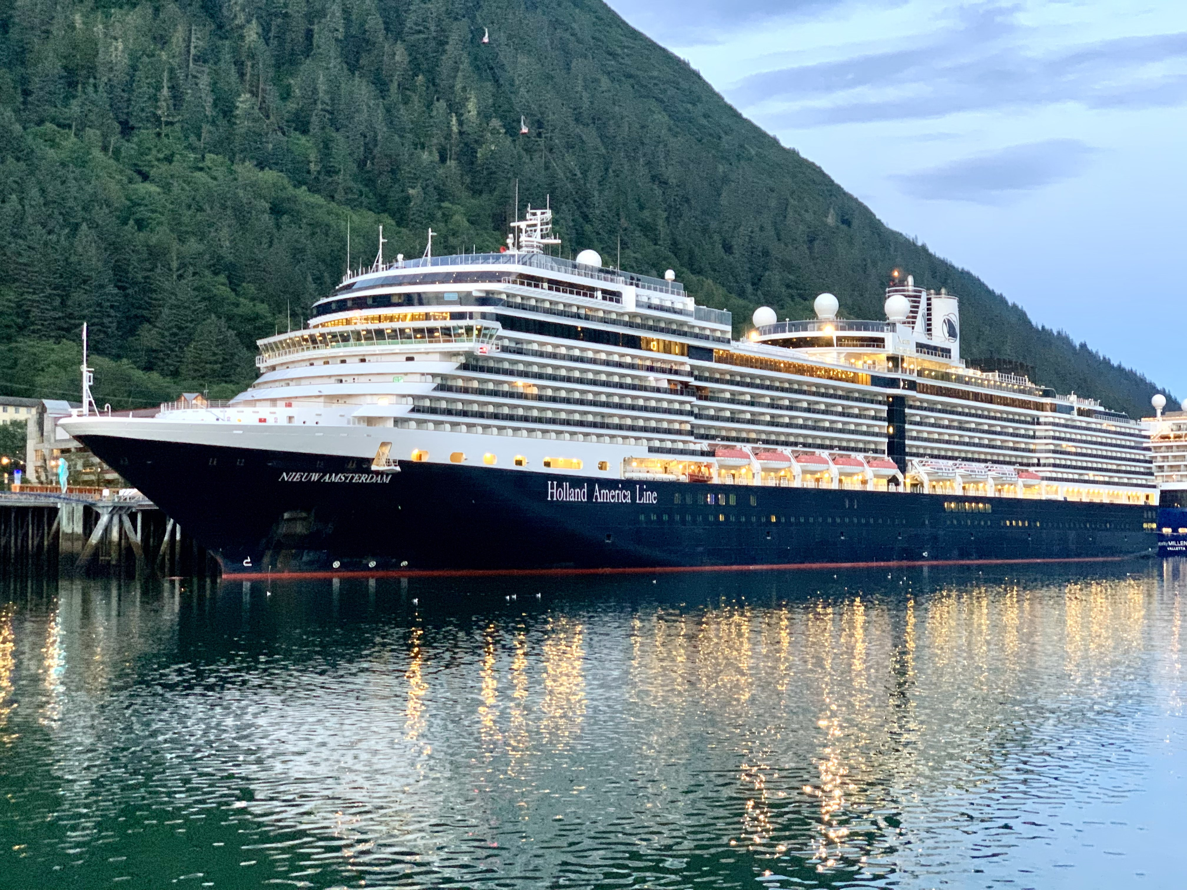 Top Things to Do on Holland America Line in Alaska